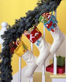 1205_kids_stockings_l_2
